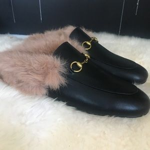 Shoes - Fur lined loafers